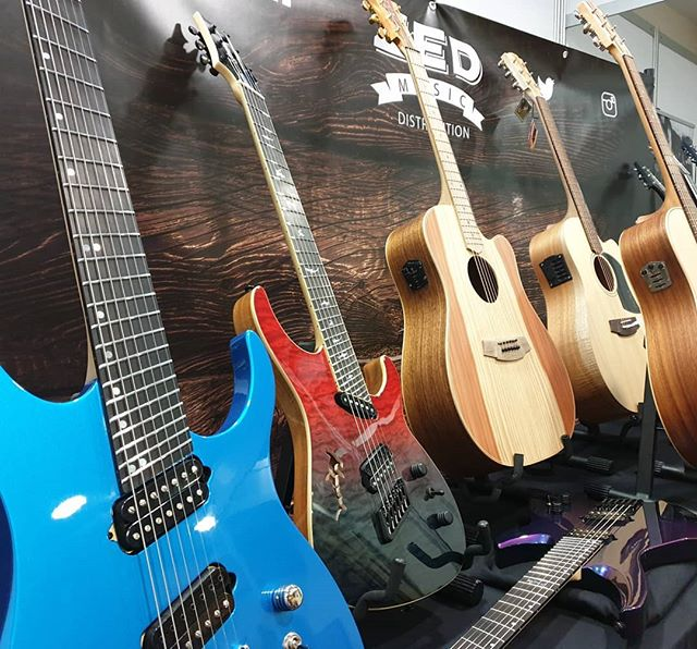 It's the BIRMINGHAM GUITAR SHOW! We are upstairs with @ormsbyguitars @coleclarkuk @ortegaguitars @baton_rouge_guitars @outlaweffects  Contact us here at Zed Music Distribution on Instagram, Facebook or Twitter for more information.  www.zedmusicdistribution.co.uk  Photo and copyright owned by Zed Music Distribution. #zedmusicdistribution  #guitar #electric #electricguitar #guitarist #musicphotography #guitarsdaily #photooftheday #photo #guitarphotography #ギター #gitar #gitarre #gitarr #oneofakind #uk #london #birmingham #guitarshow #loud #acoustic #acousticguitar
