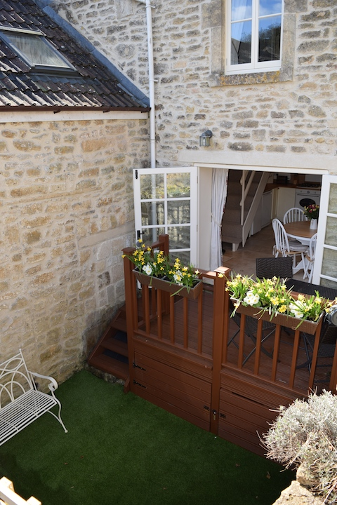 bath holiday cottage, self catering, garden 2.jpg
