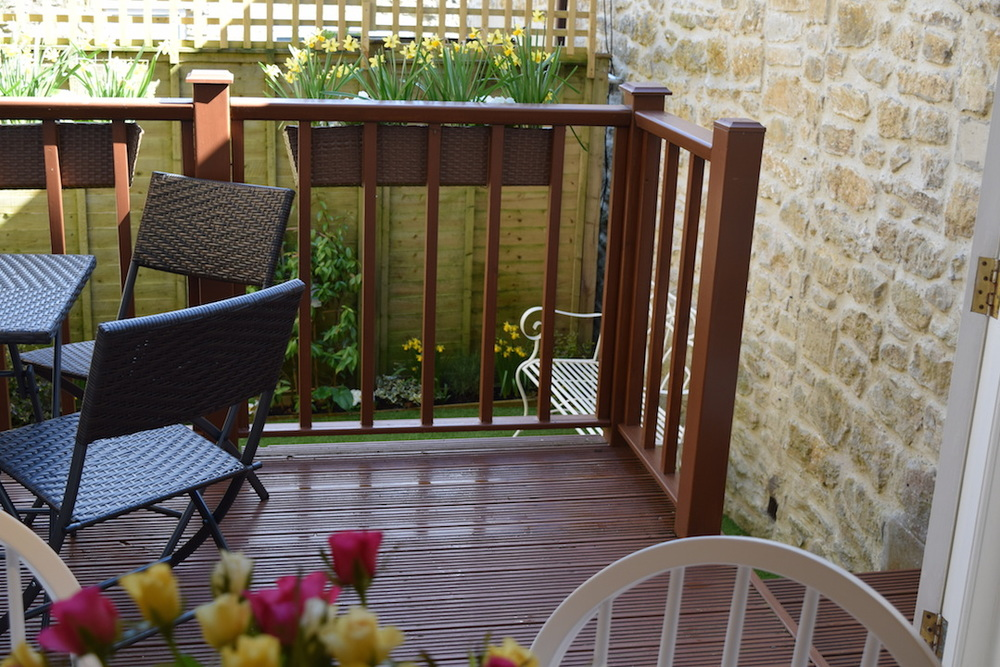 bath holiday cottage, self catering, garden 1.JPG