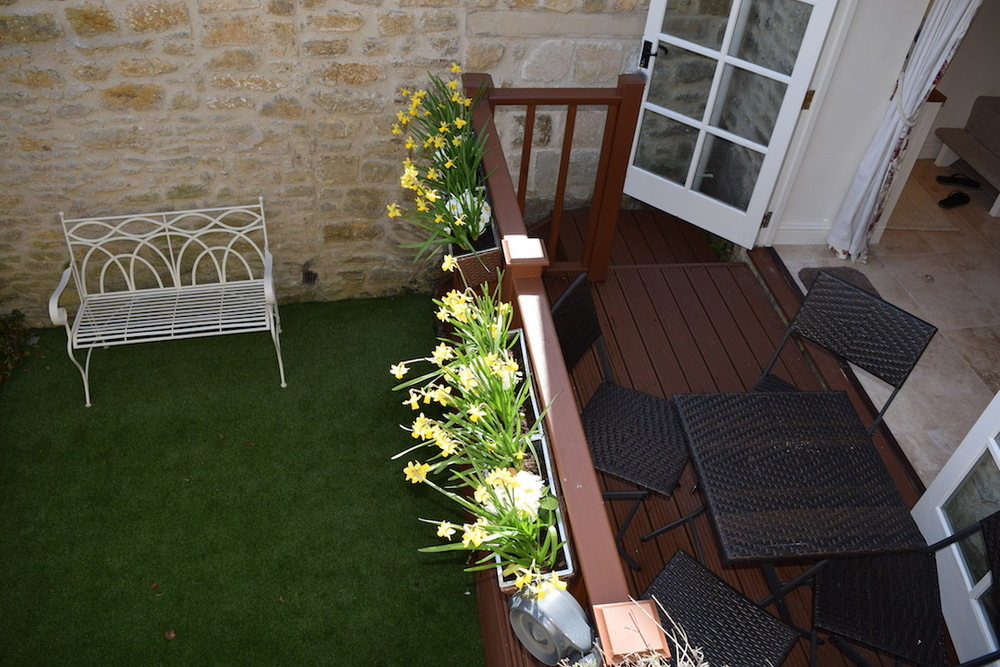 bath holiday cottage, self catering, garden 3.JPG