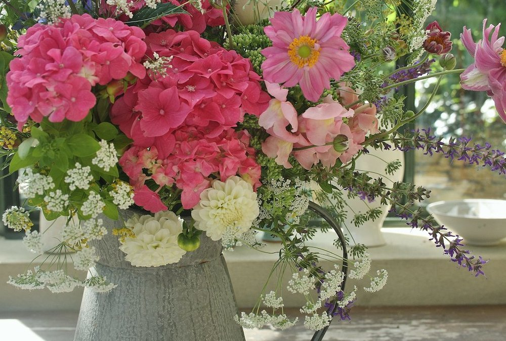 Talented local florist, Elisabeth Anderson of  Amamini Flowers  can adorn the cottage for you with beautiful floral arrangements from £25 and seasonal door wreaths from £35 to make your stay even more special.