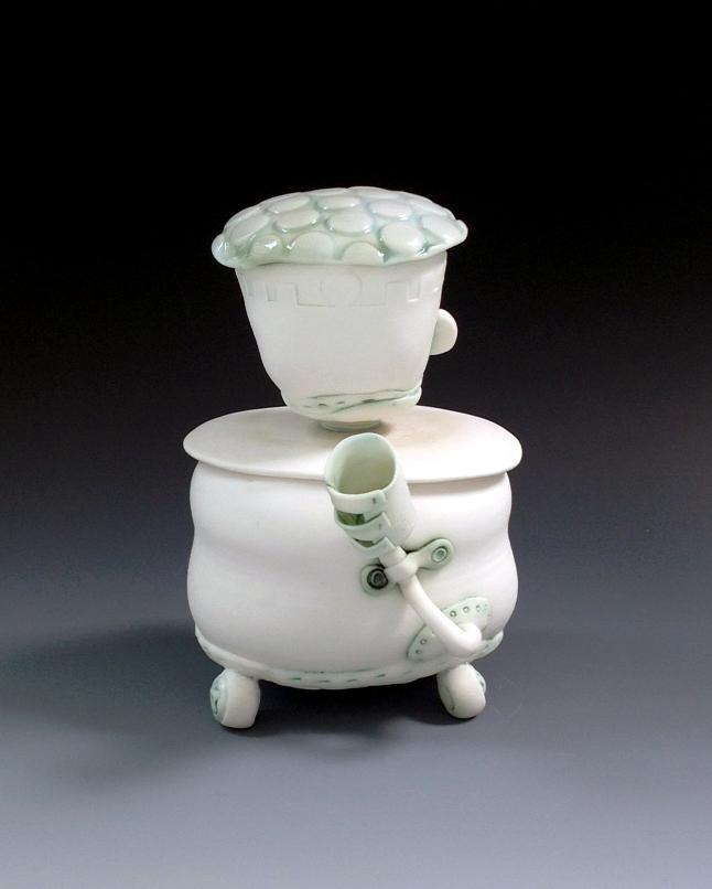 Porcelain Bot Jar no. 2 reverse Fleur Schell.jpg