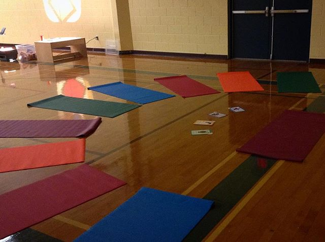Had the best time teaching some rockstar mini yogis for the #readysetlearn event at Wickanninish Community School yesterday! We told lots of stories with our bodies, featuring all the woodland favourites: gigantic cedar trees, respectful ravens and grateful mice inspired by our @strong_nations yoga cards.  Awesome to be involved with the amazing work going on in our local schools to inspire and support the next generation 💫  #yogaforkids #mindfulnessforkids #sd70 #yourtofino
