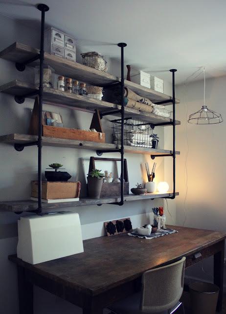 DIY industrial rustic shelf - Sylvie Liv