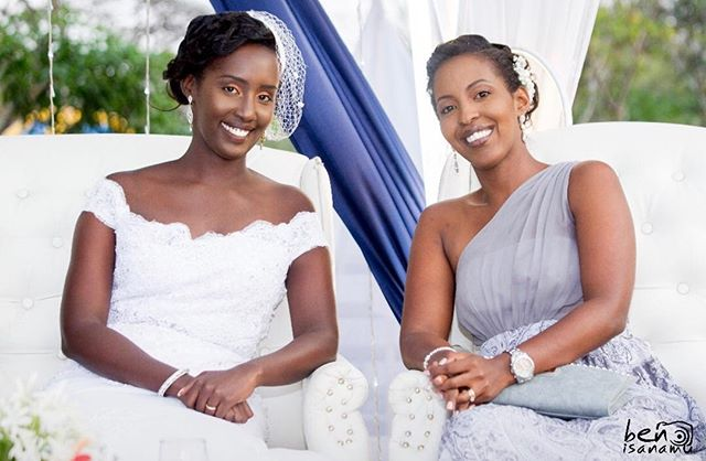 This much beauty in one frame 😍 • bride and bridesmaid's #makeup 💄 done by yours truly • 📸 by @evarudobenyamino  #AbarundikaziNiBeza #BeautifulBrides #BurundianBrides #BridalMakeup #WOCMakeup