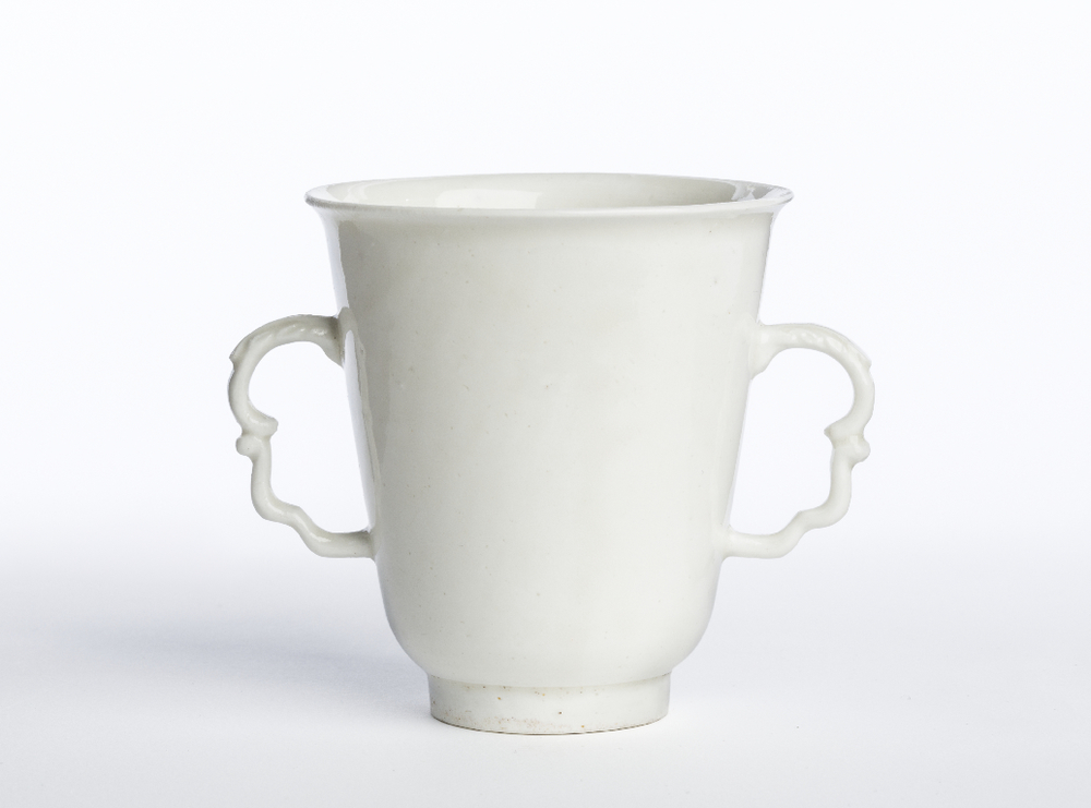 Meissen porcelain cup, c.1715 ©Edmund de Waal / Ian Skelton