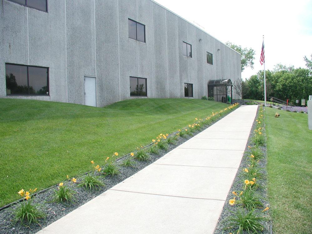 Industrial Building - Coon Rapids, MN