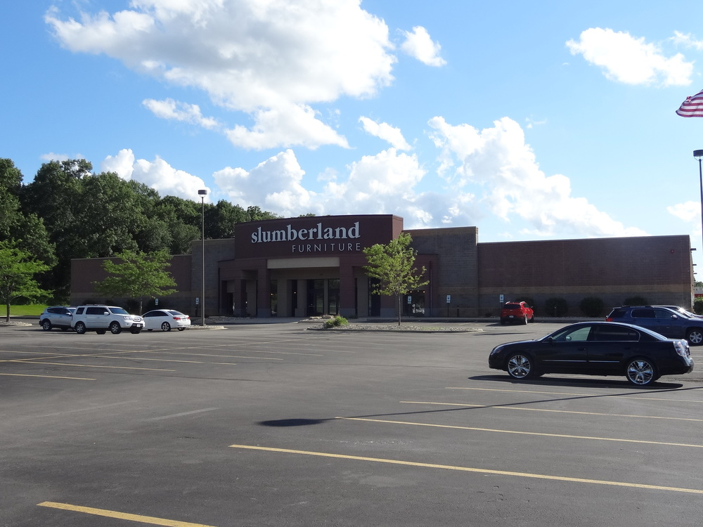 Retail Center - Cedar Rapids, IA