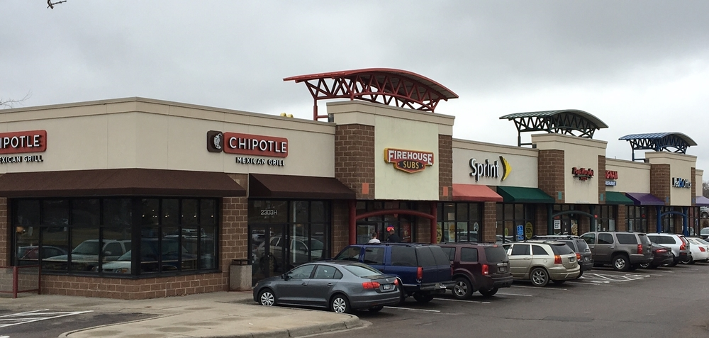 Retail - Maplewood, MN