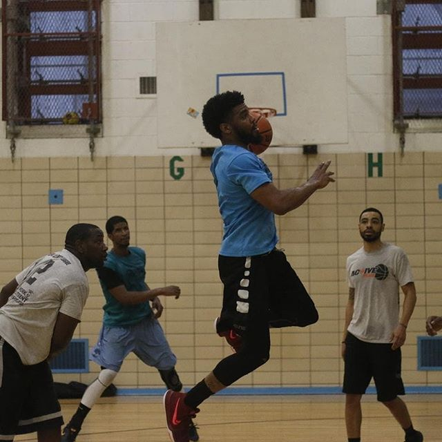 Saturday Night Basketball at 6:15 150 W. 105th St. $5 entry #nycbasketball #ny #knicks #msg #basketball #hoops #nyhoops #nycball #nycopengym