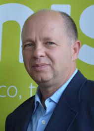 PIERRE GANG Directeur des programmes TV5 et UNIS