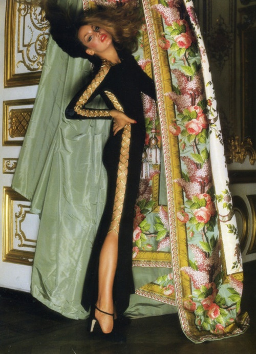 Jerry Hall in Givenchy at Versailles, photographed by Norman Parkinson, 1976.
