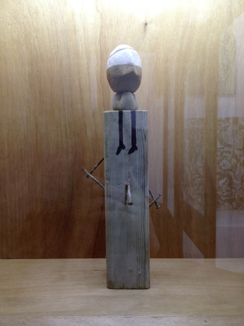 Autorretrato  Madera, hierro. 47 x 16 x 16 cm