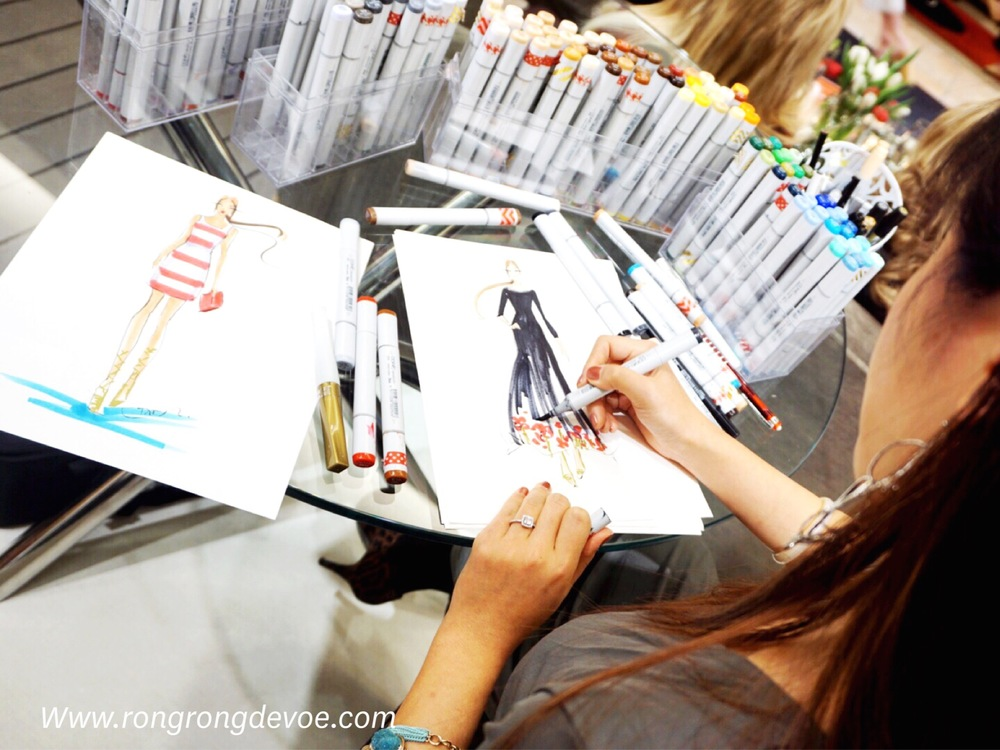 Fashion Illustrator Rongrong DeVoe at Neiman Marcus fashion event-live sketch the runway show