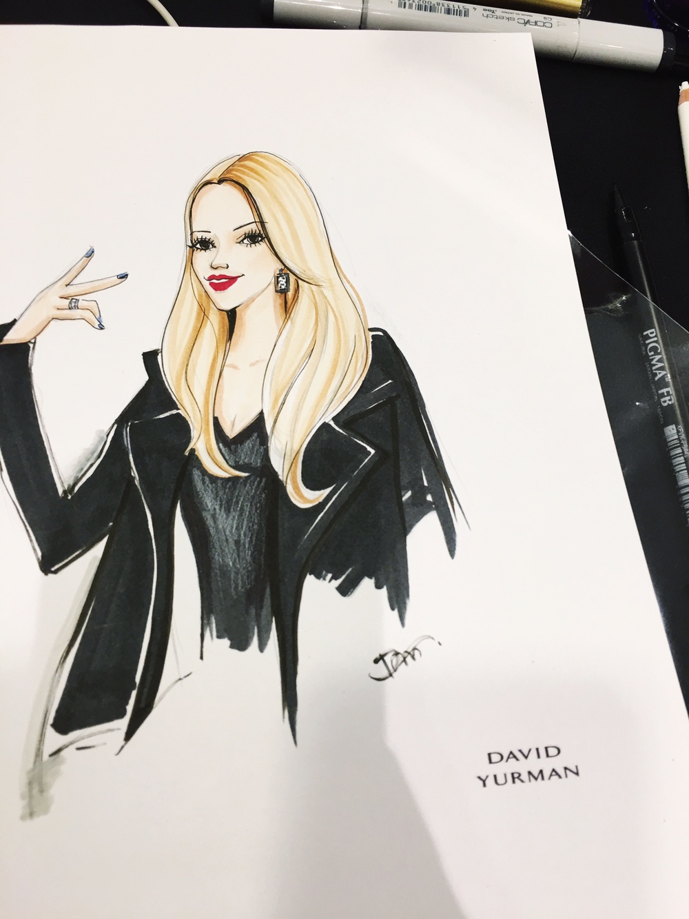 Saks fifth avenue Live-sketch event for David Yurman by Fashion illustrator Rongrong DeVoe