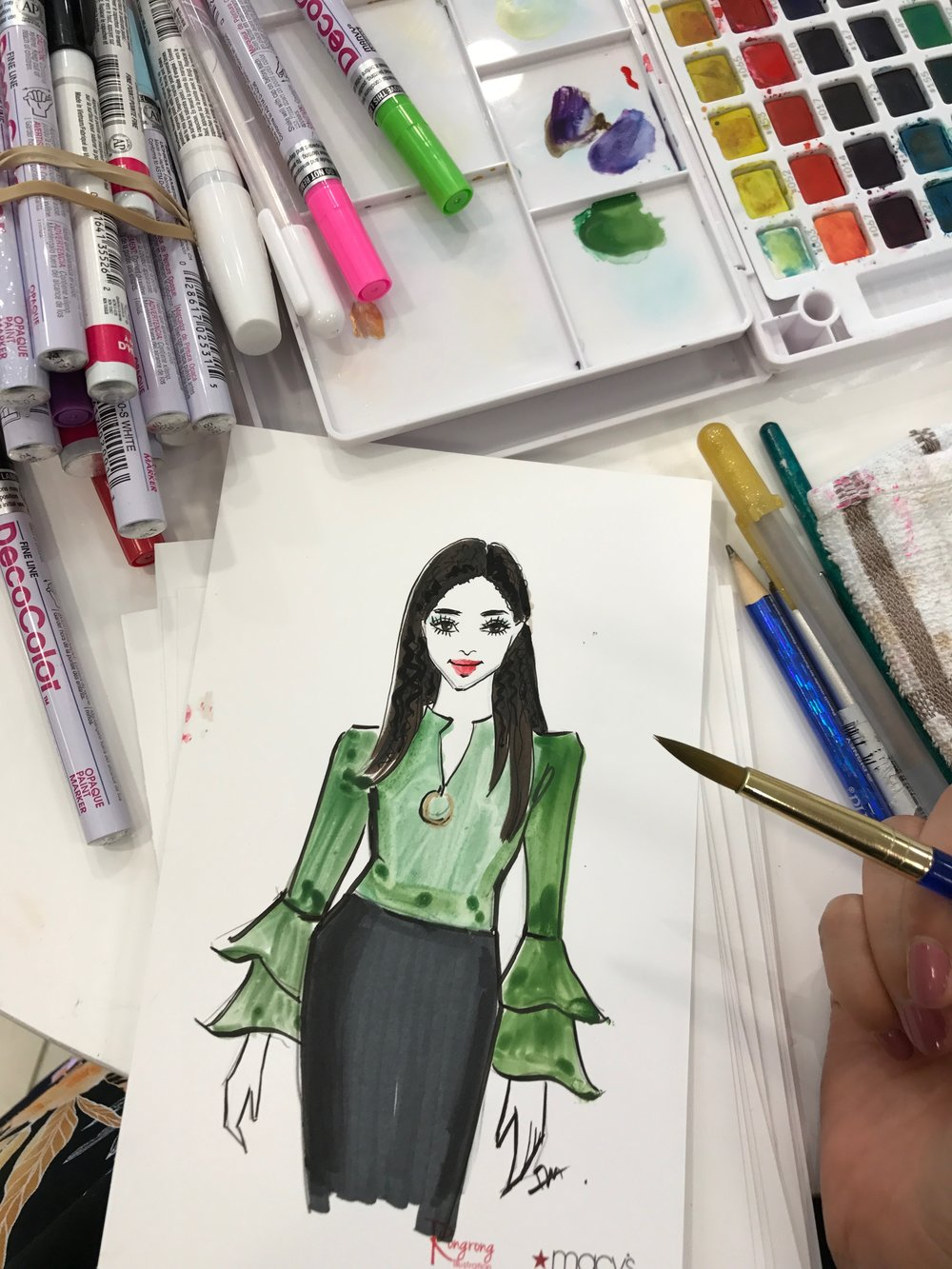 Rongrong DeVoe-event illustrator live sketching at Macy's Fall Fashion Event.jpeg