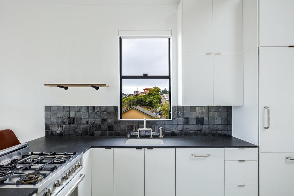 01-514-Bonita-kitchen-web.jpg
