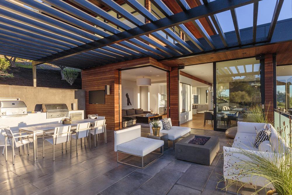 55-835-Stony-Hill-patio-web.jpg