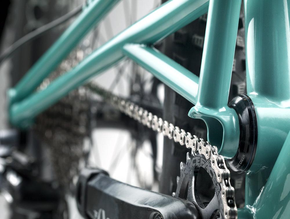 3-17_Turquoise_Detail2_web.jpg