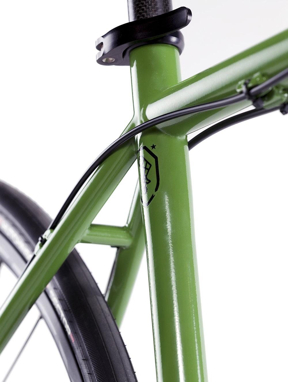 6-17_Proudfoot_Roadbike_Detail2_Web.jpg