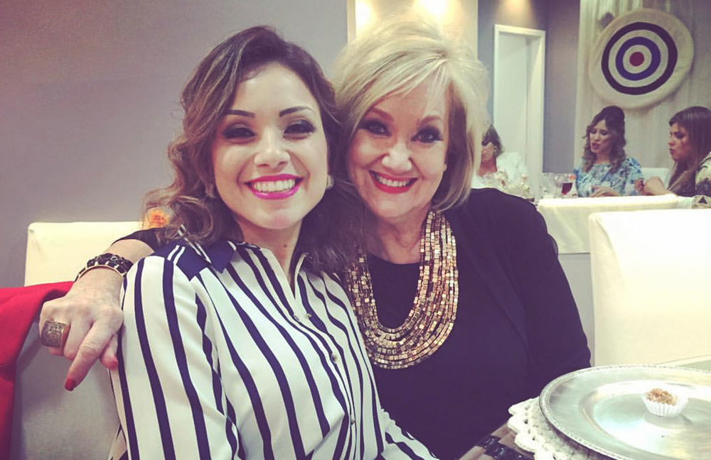 Photo Devi and Rachel Malafaia.