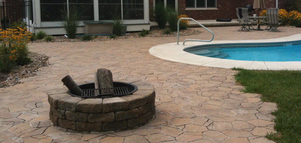 Fire Pit Picture 2.jpg