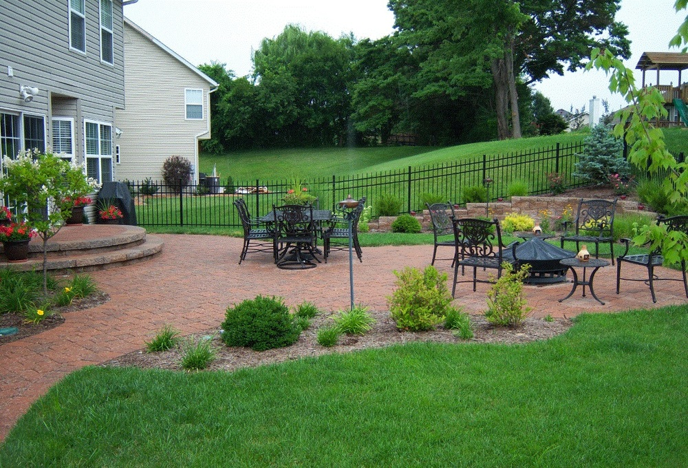 Cobble Stone Patio Picture.jpg
