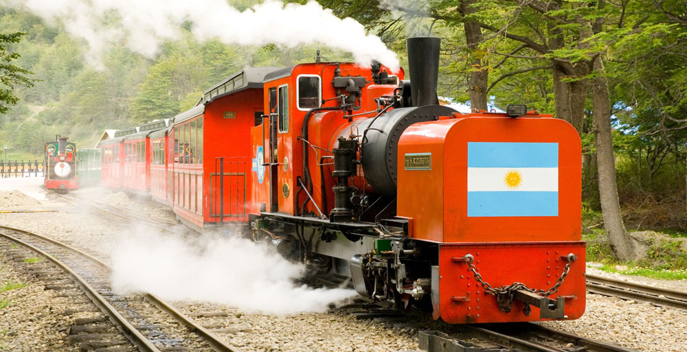 "FCAF locomotive ""H.R. Zubieta"" on a revenue train. The locomotive was built from scratch by G&A in South Africa and shipped to Argentina in 2006. Photo: FCAF"
