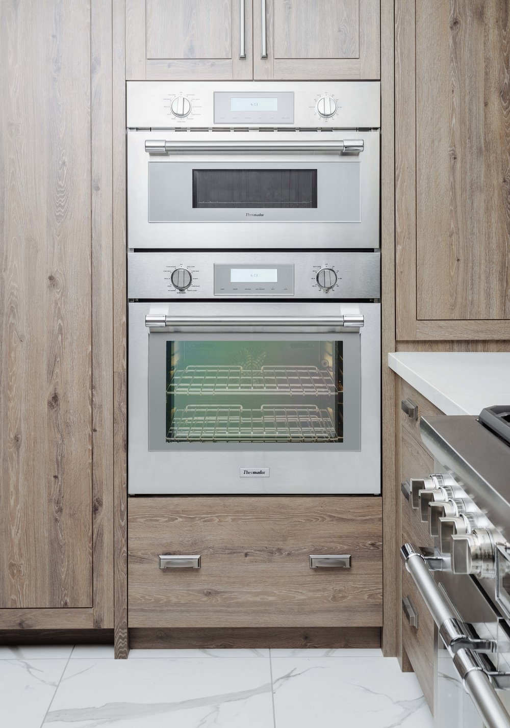 Thermador's professional collection offers: steam, speed and convection in one!!