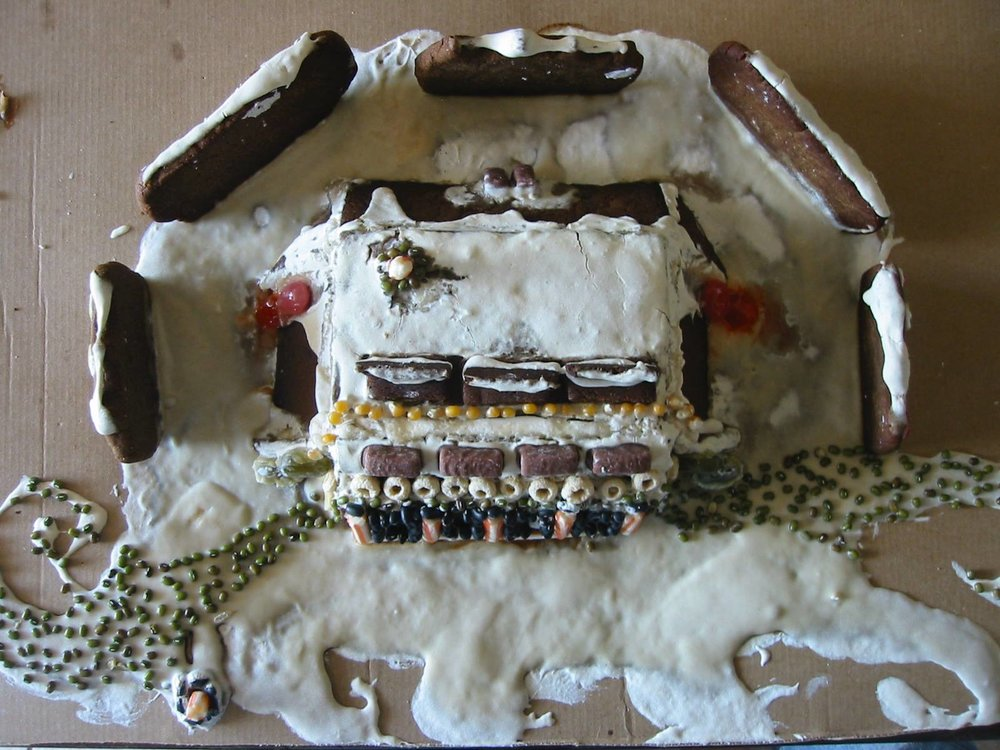 Tom Schultz Gingerbread Earthship 2016 7.jpg