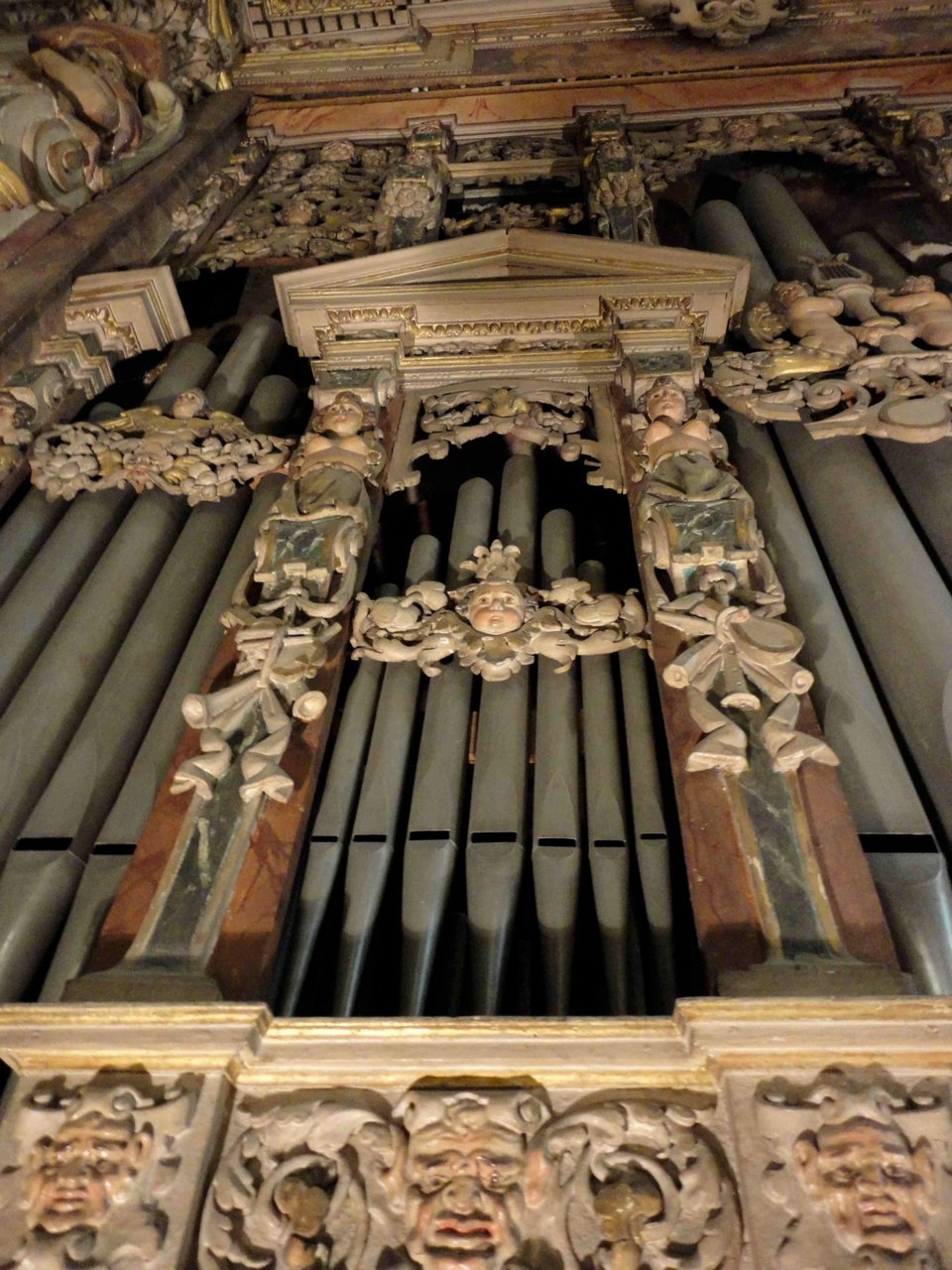 Decoration on the organ case in Brescia,San Carlo Contributed by Liuwe Tamminga