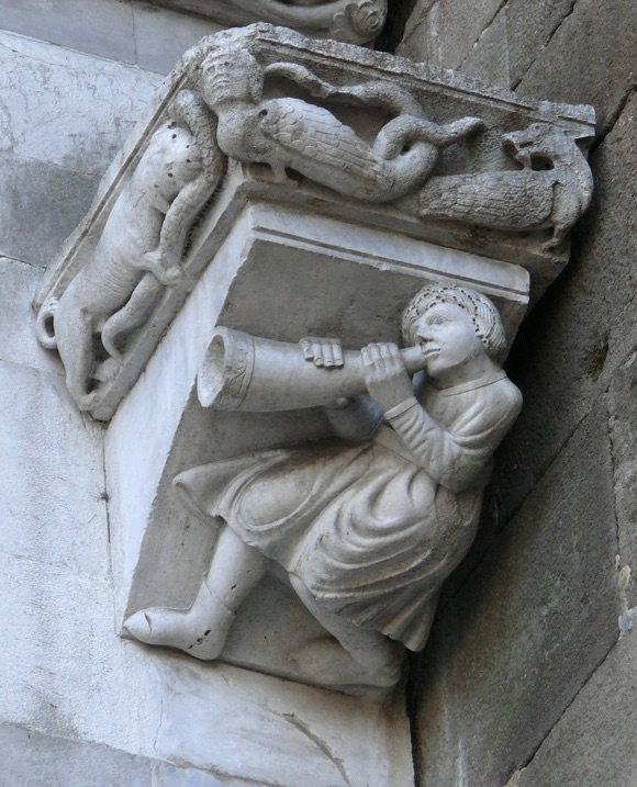 Figure on the facade of San Martino, the Duomo of Lucca