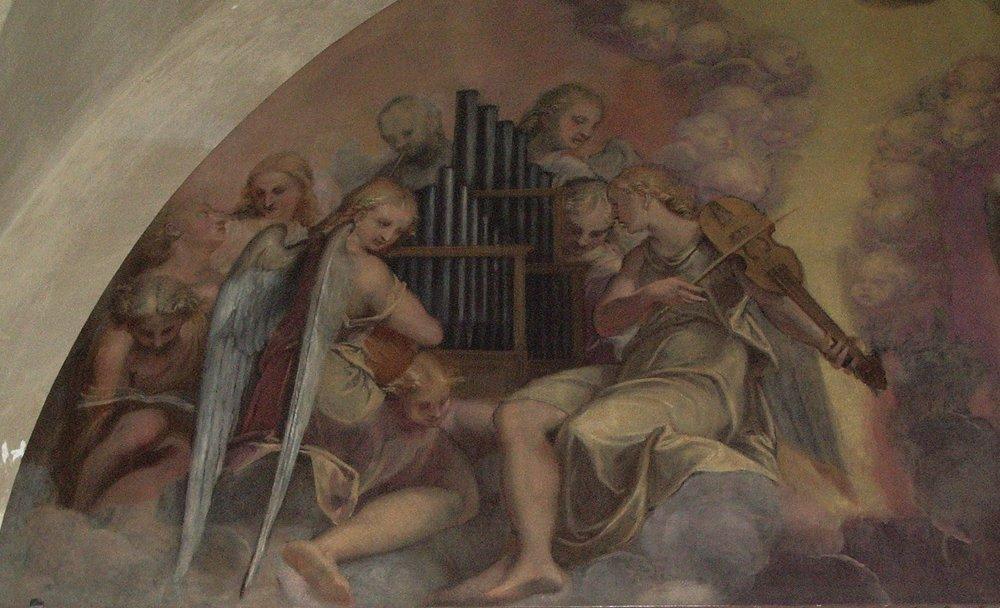 Detached fresco [?] lunette in Santa Barbara, Mantova
