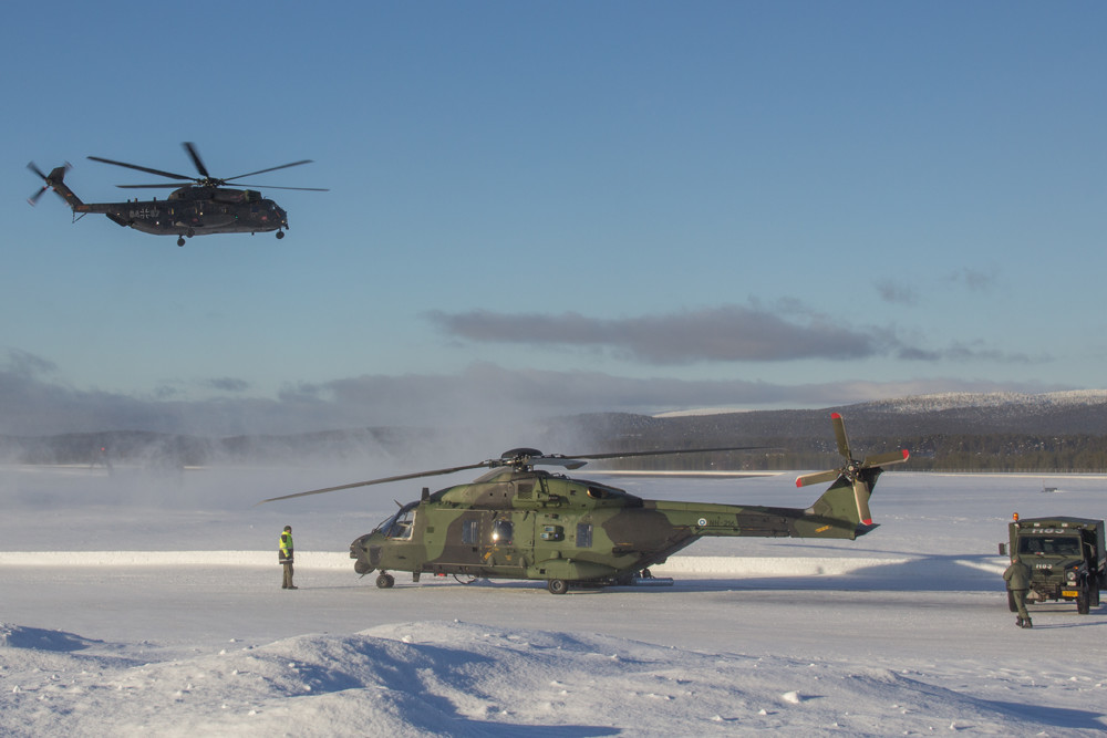 Six NH-90 helicopters and their crews from the Finnish Defence Forces also took part in Cold Blade 2016.