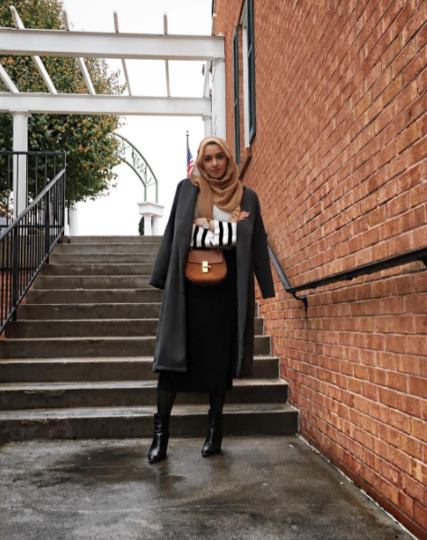 c9190d0e9 Today, I'm sharing 6 ways to style a midi skirt for the winter for a change!