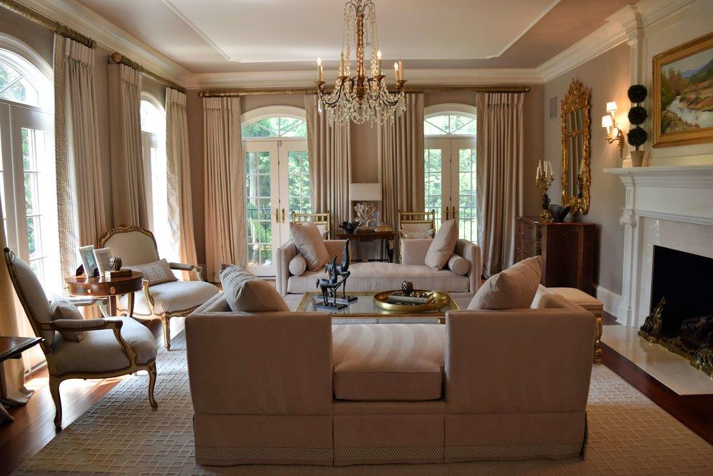 Elegant Transitional Living Room