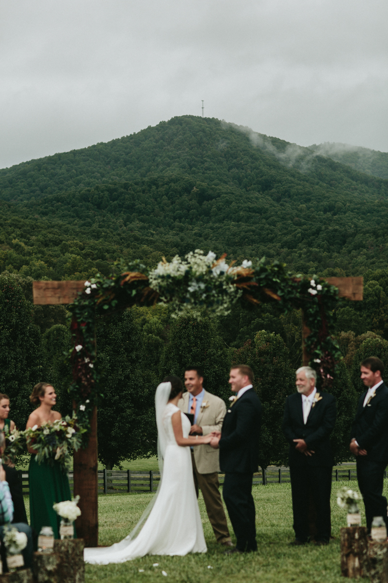 Aska Farms Wedding by Atlanta Wedding Photogtapher Courtney Ward 133.jpg