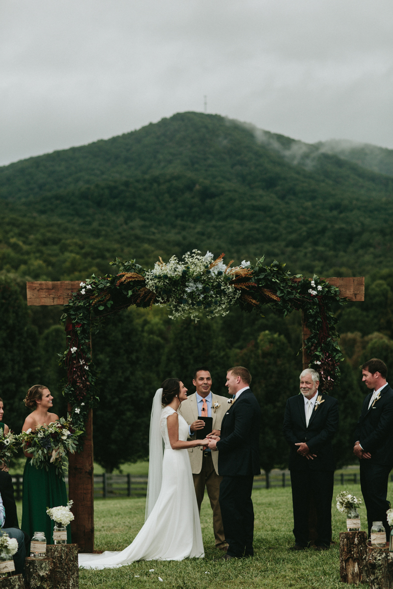 Aska Farms Wedding by Atlanta Wedding Photogtapher Courtney Ward 135.jpg