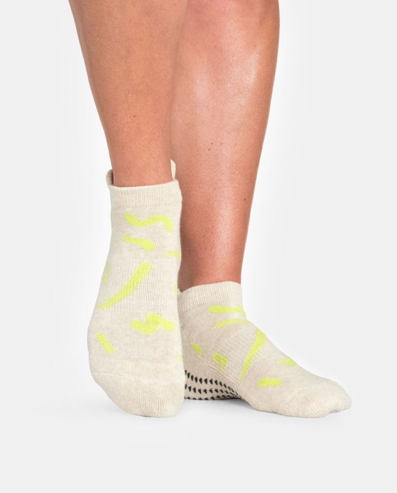Pointe Studio socks.jpg