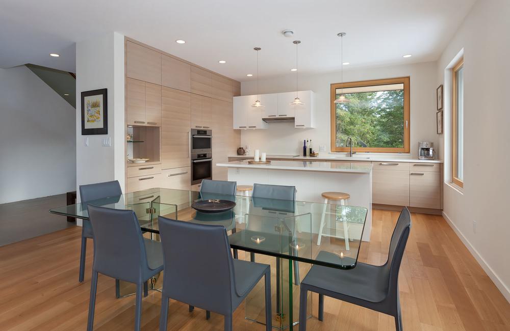 8531+Dining+Kitchen.jpg