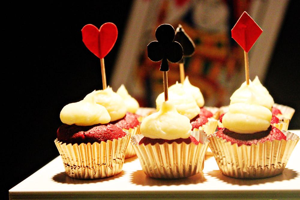 casino cupcakes 1.jpg