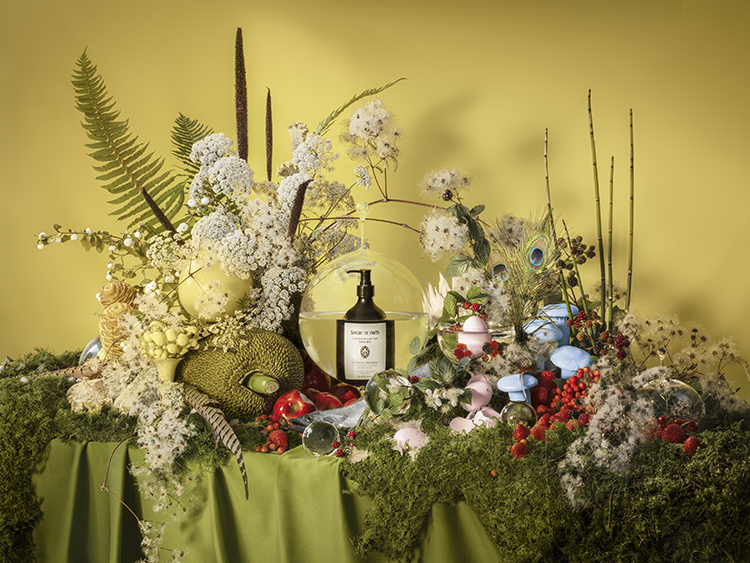 Art Direction & Florals: Carl Ostberg, Photography: Rachel Topham Photography