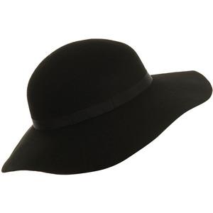 Floppy Hat.jpeg