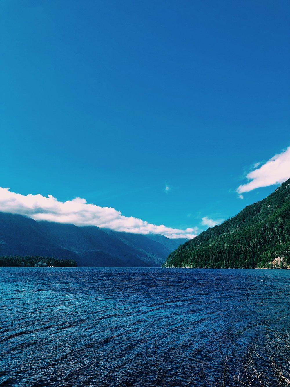 Lake Cresent, Washington