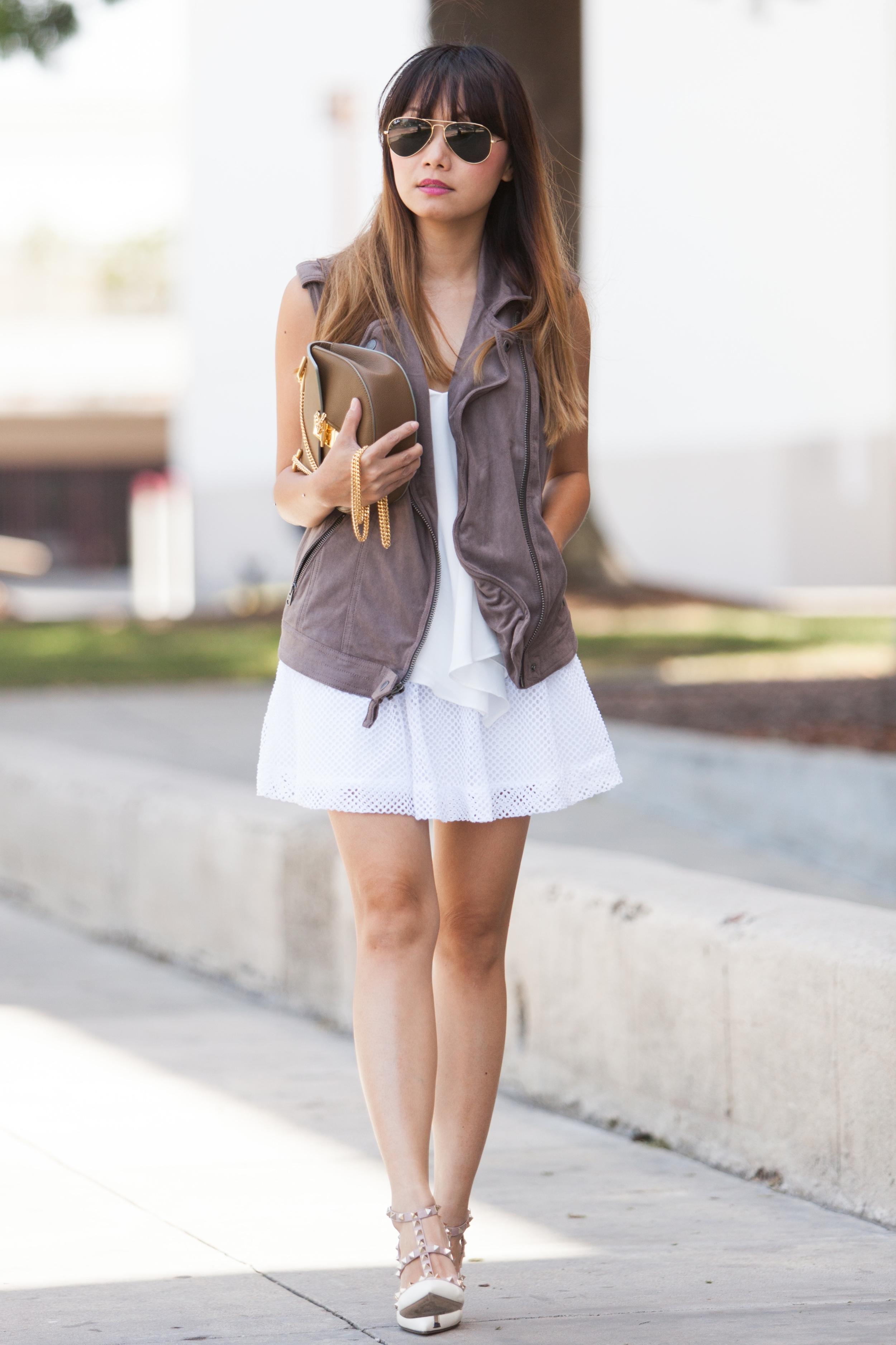 White Crochet Skirt (3 of 12)