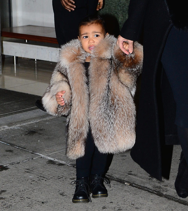 north west_kardashian_oversized coat