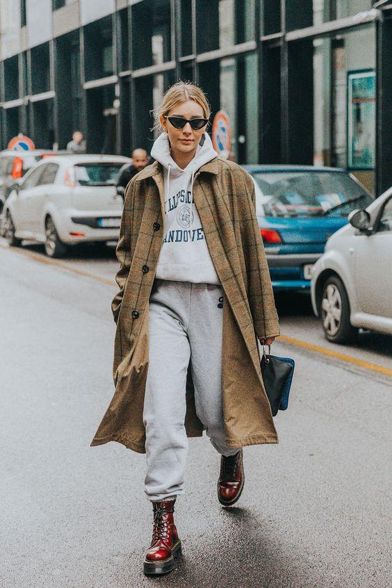 strutting my style_shoes 2019_gabriela peegrina_dr martens.jpg