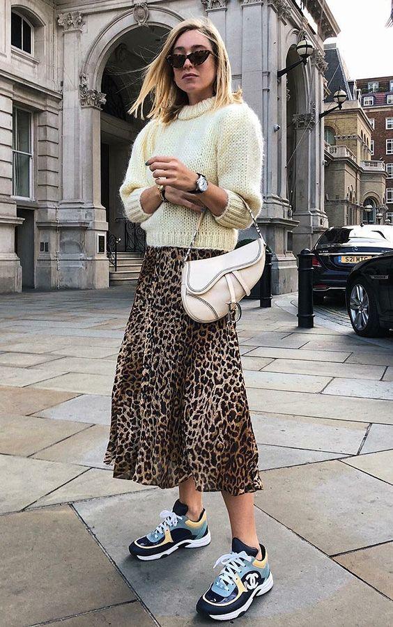 Gabriela Peregrina_strutting my style_shoes 2019_sneaker.jpg