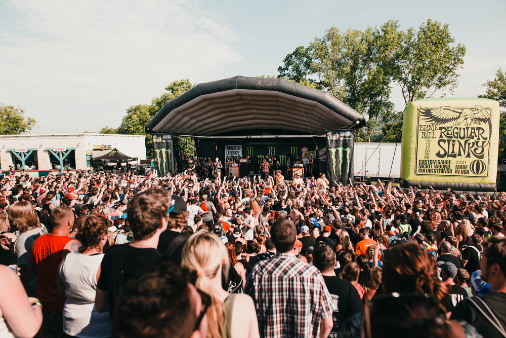 It was not uncommon to see Beartooth pull huge crowds like this on the Monster stage.