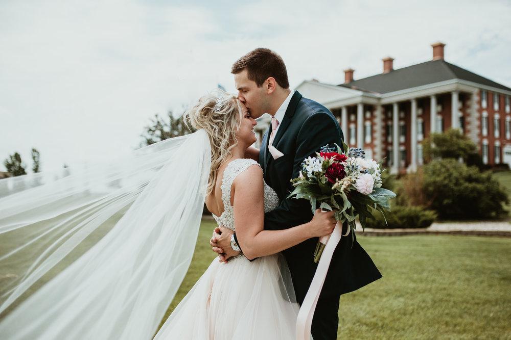 Ashtin+Carter| Near Watertown, South Dakota | Wedding Photography_-36.jpg
